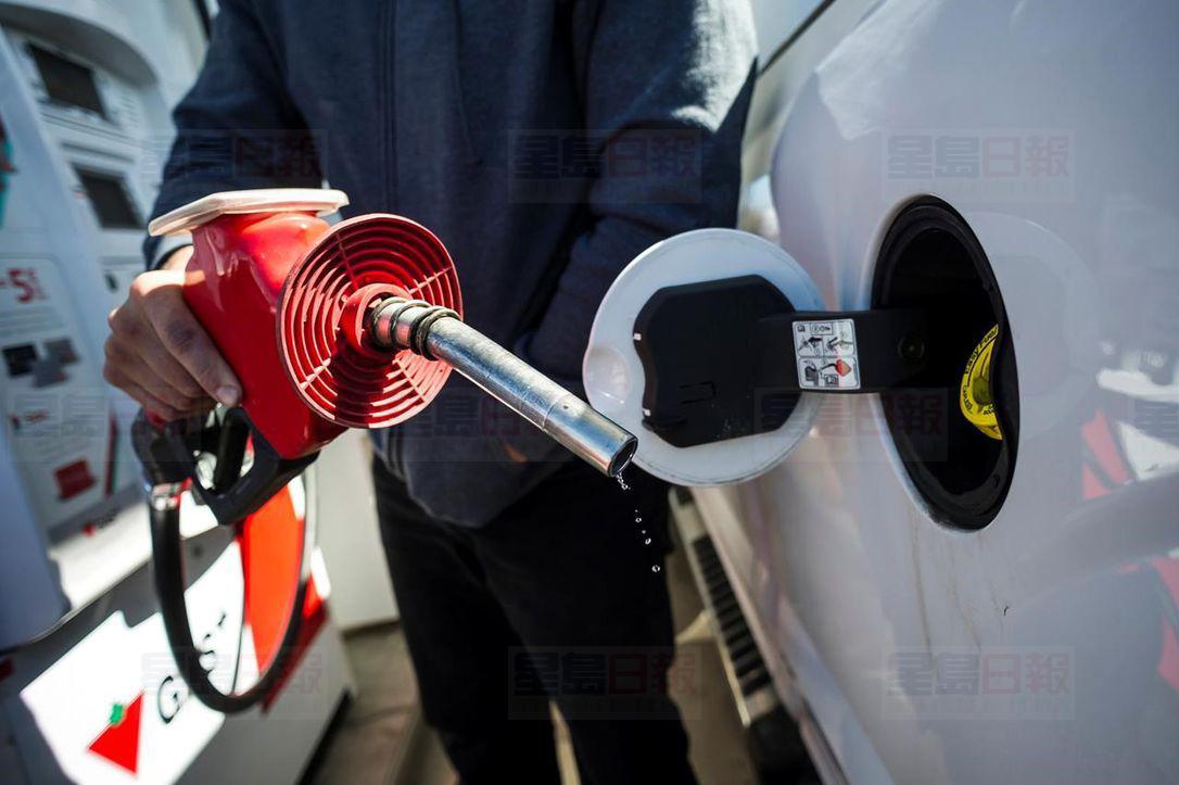 大温油价高企正在影响居民的整体生活模式和财务状况。星报