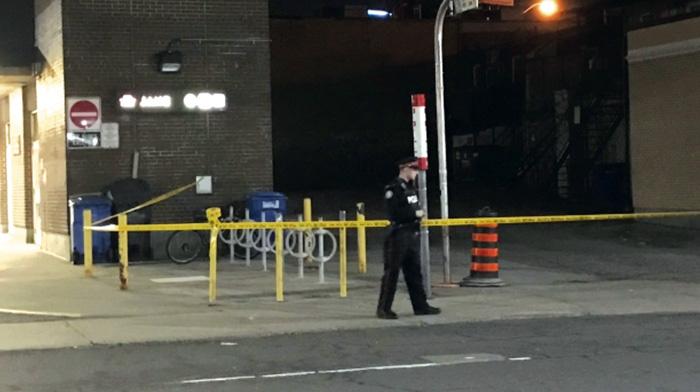 ■一男子與人在巴士爭執後遭刺傷,警方事後拘捕疑犯。CTV