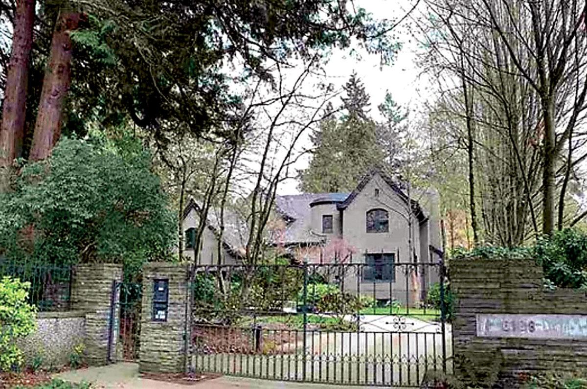 ■这幢温哥华西区房屋以980万元售出,低于原先开价逾1,000万元。MLS网上图片