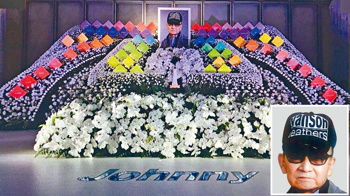 ■Johnny喜多川的靈堂以他最愛的蘭花、康乃馨等布置。