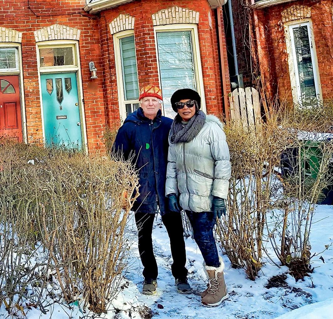 ■肯德尔和妻子自1983年开始做房东。 CBC
