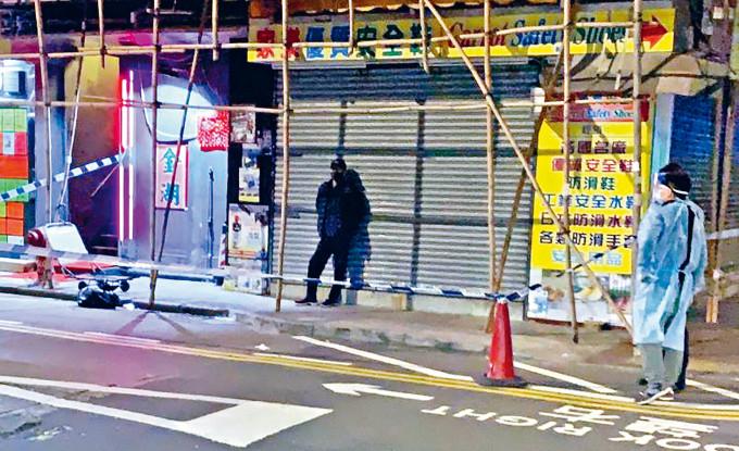 �_�\男病人李�\��昨在上海街�c�L沙街交界被�l�F後,警用�z���封�F�龇雷呙�。
